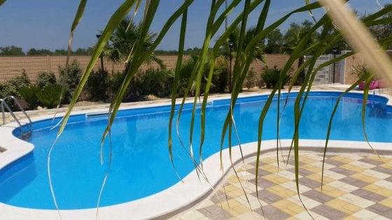 Bari 2 indagati per il bambino annegato in piscina distrazione fatale - Piscina assori foggia prezzi ...