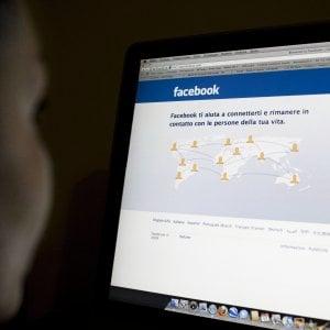 Bari, adescava minorenni su Facebook e inviava loro video hot: condannato a 8 anni