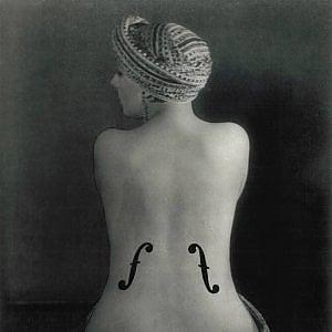 Agenda/ L'arte di Man Ray: al castello di Conversano viaggio tra le opere dell''uomo infinito'