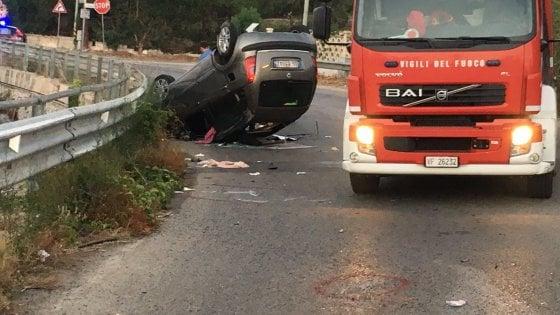 BAIA D'ARGENTO - Incidente stradale nella notte con una vittima
