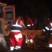 Gargano, auto contro l'autobotte dei vigili del fuoco: muore bambina di