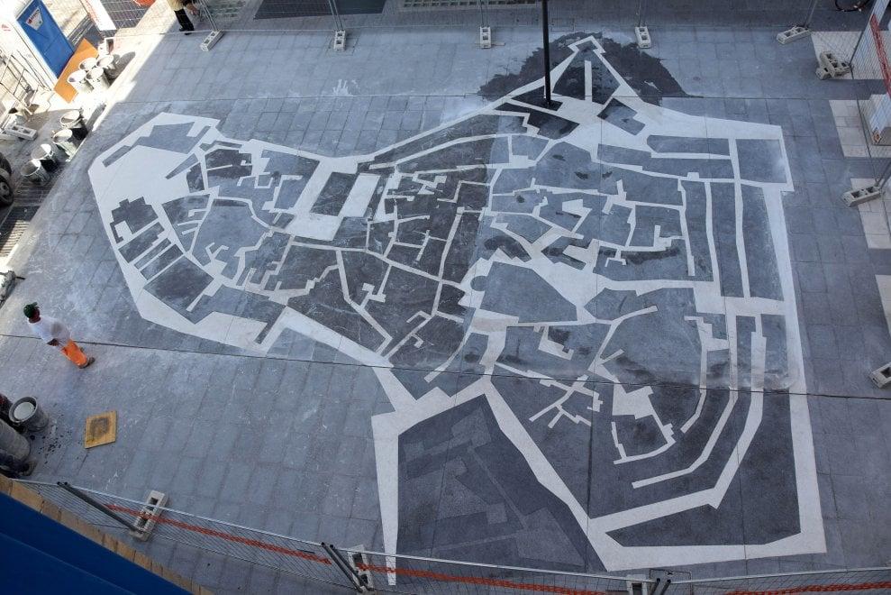 Bari, il mosaico di via Sparano è la mappa del borgo