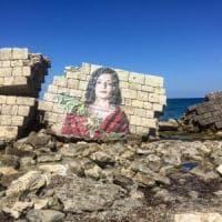 Salento, polemica sul murale anti Tap apparso sulle rovine romane: