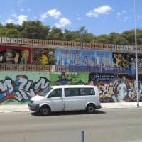 Salento, la street art fa rinascere l'ex albergo in rovina