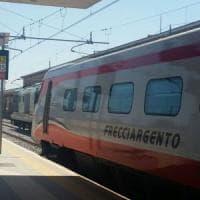 Furto di rame, 2 Frecciargento Roma-Bari fermi per 4 ore sui binari: passeggeri