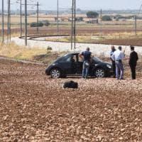 Foggia, agguato in strada al boss: 4 morti. Freddati due contadini testimoni involontari