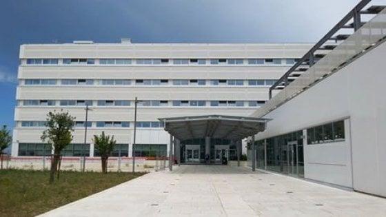 Regione Puglia, la cuccagna delle promozioni ai dipendenti: costano 7 milioni e mezzo all'anno