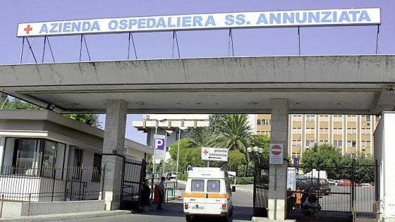 """Taranto, morta la donna aggredita al pronto soccorso. Il gip: """"L'aggressore resti in carcere"""""""