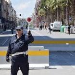 Terrorismo, a Bari barriere anti-tir in cinque aree: piazza del Ferrarese  viene blindata con le fioriere