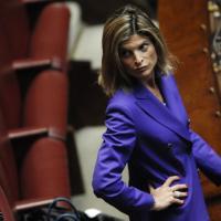 Laura Ravetto aspetta una bimba: l'annuncio è social