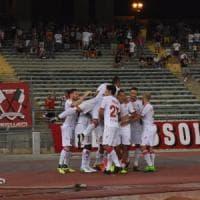 Calcio, il primo Bari di Grosso in campionato brilla come in Coppa Italia:
