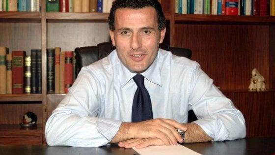 """Il primario Nicola Laforgia e la guerra dei vaccini in Puglia: """"Michele Emiliano ha tolto dignità ai medici"""""""