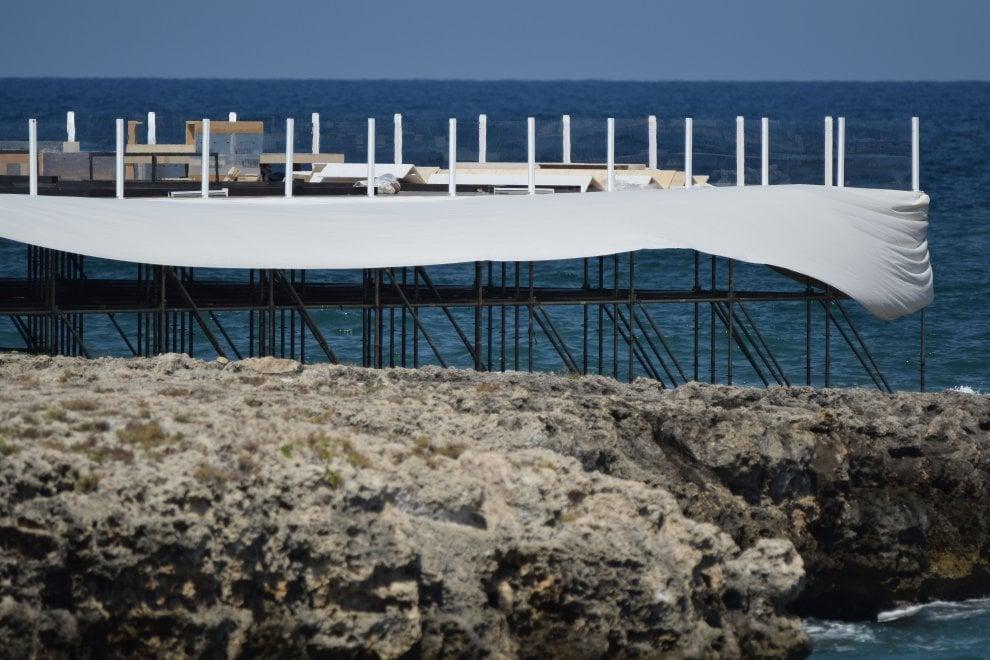 Matrimonio Spiaggia Monopoli : Monopoli una cupola in spiaggia per le nozze usa di