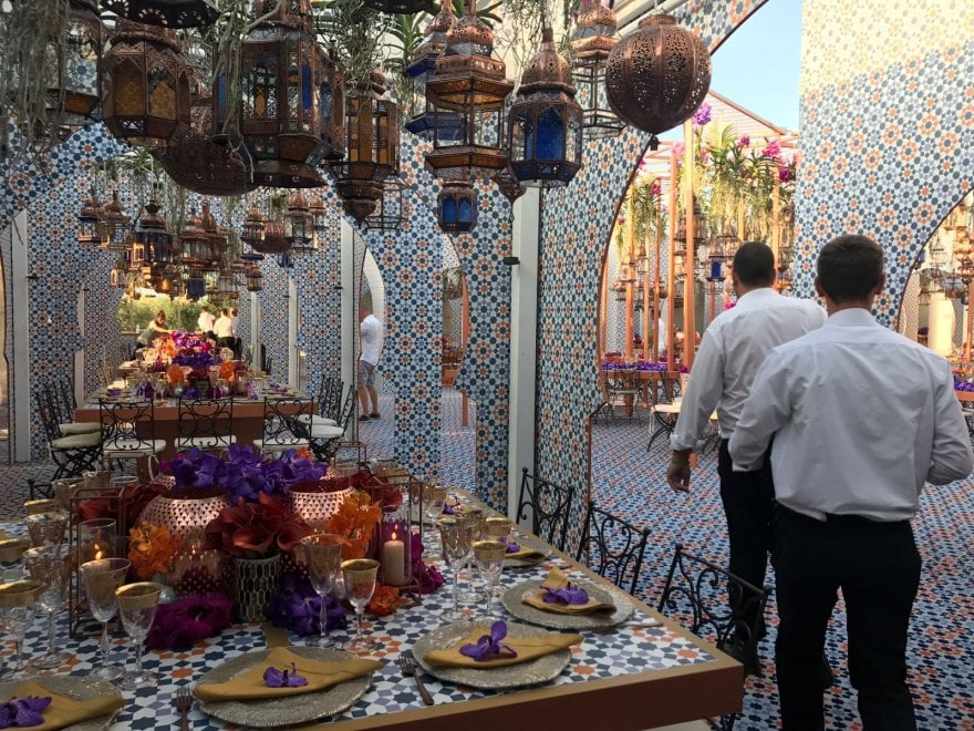 Matrimonio Country Chic In Puglia : Cene in grotta e feste sul mare le nozze usa puglia