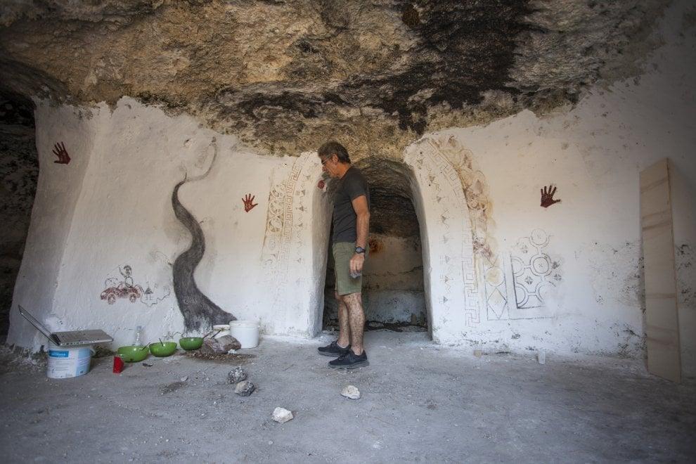 Un artista nella grotta: Saavedra sul Gargano