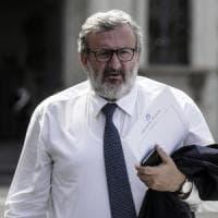 Gentiloni boccia Emiliano per la legge sulla partecipazione: