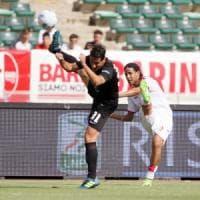 Serie B, arriva il Venezia e la difesa del Bari fa ancora acqua: 0-2 e secondo