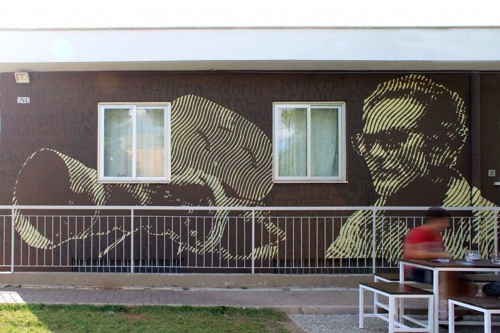 Pier Paolo Pasolini, l'omaggio dello street artist in Puglia