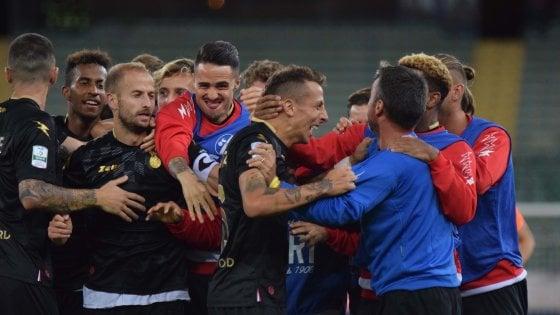 Calcio, il Bari batte la Cremonese 1-0: Improta interrompe la serie nera