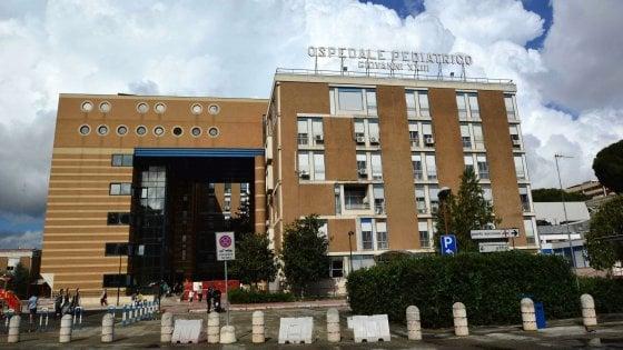 Bari, muore a 12 anni durante l'intervento per una frattura al femore: s'indaga per omicidio