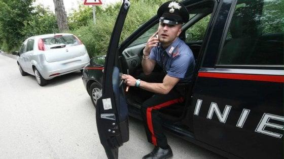 Policoro, 44enne stava picchiando la compagna: la nipotina della donna chiama il 112 lo fa arrestare