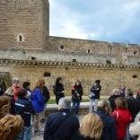 """Bari, il castello svevo riapre  il 3 ottobre dopo il restauro  """"Dai reperti storici a Warhol, ecco i tesori che custodirà"""""""
