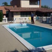 Andria, povero per il fisco ma abitava in una villa di lusso con piscina: