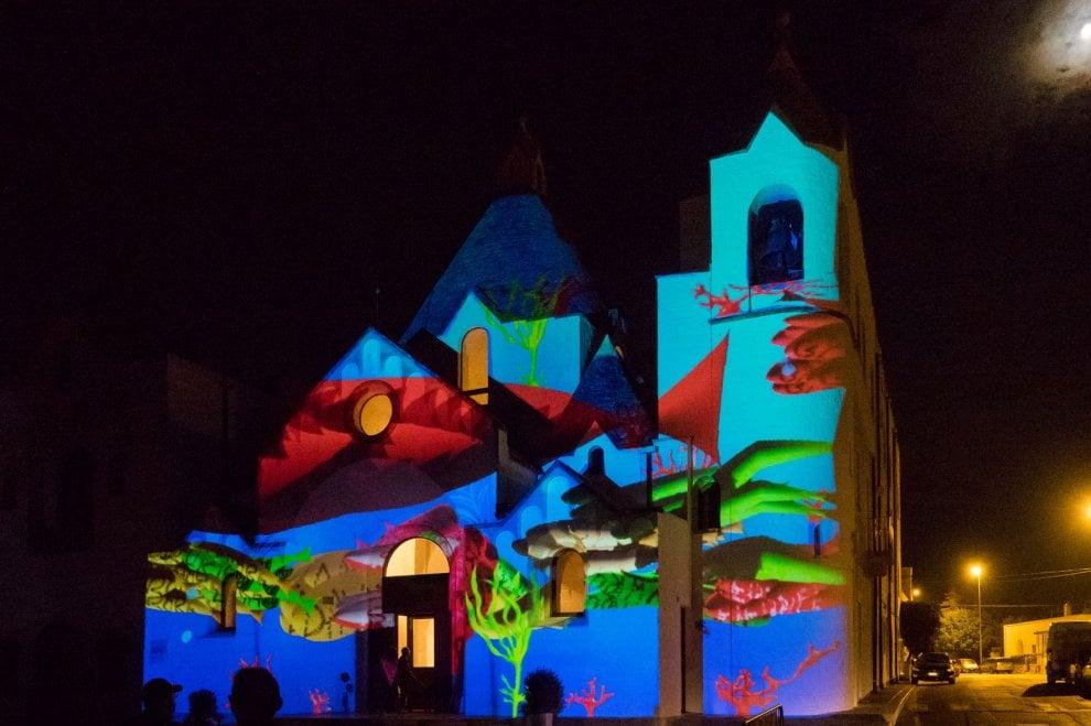 I trulli a colori: ad Alberobello la magia del Light festival