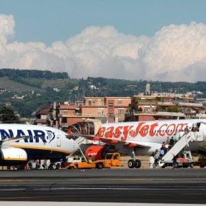La Puglia vuole raddoppiare gli aeroporti: 7 milioni alle low cost per riaprire Foggia e Grottaglie
