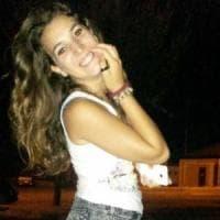 Lecce, sequestrato un vecchio cellulare di Noemi: si cercano risposte sulla relazione con il suo assassino
