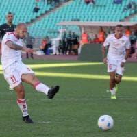 Calcio, in sette minuti il Bari ribalta lo svantaggio e vince 2-1 con l'Avellino