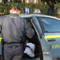 Brindisi, ex contrabbandiere si riprende all'asta i beni che gli erano stati