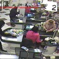 Presa la banda che rapinava i negozi e terrorizzava i clienti nel Sud Barese: