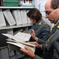 Bari, frode fiscale e fondi all'estero per 18 milioni di euro: anche un
