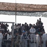 Lecce, ex contrabbandieri gestivano tratta dei migranti dalla Turchia all'Italia: