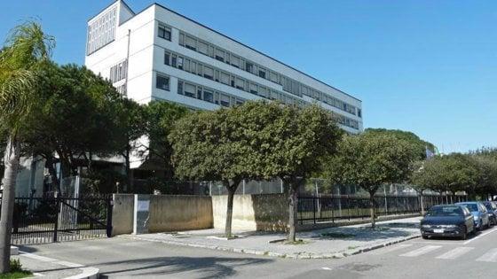 Brindisi, fecero fallire farmacia e non pagarono i dipendenti: cinque professionisti indagati e sospesi