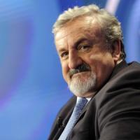 Michele Emiliano, il governatore grillino fuori e renziano dentro
