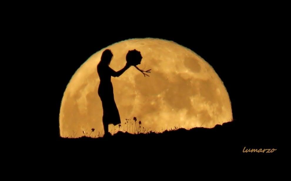 Otranto, la magia della pizzica davanti alla luna piena