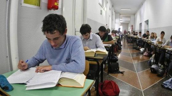 Bari, la classifica delle scuole premia il liceo classico Flacco. Lo scientifico? Meglio in provincia