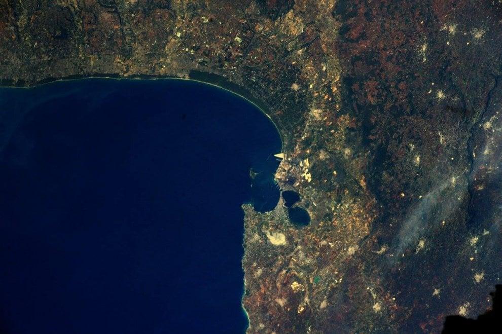 Taranto vista dallo spazio: la foto è di Paolo Nespoli