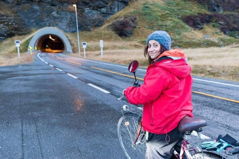 Da Barletta a Capo Nord in bici: la sfida di una 33enne