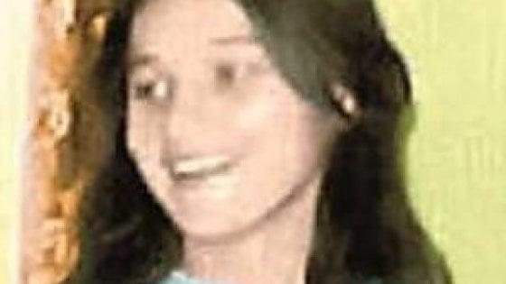 """Bari, riaperto il caso della 14enne arsa viva a Fasano: """"Palmina Martinelli non si suicidò"""""""