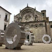 'Gears' a Troia: la Cattedrale e gli ingranaggi d'artista