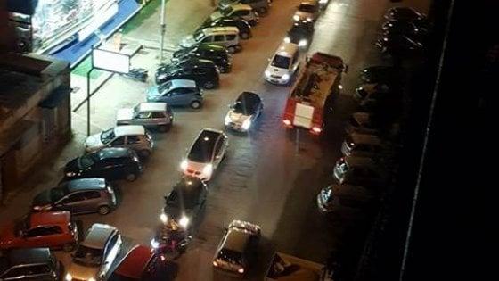 Ufficio Eni A Gorizia : Taranto code per rifornirsi di benzina dopo lo stop alla
