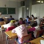 """Scuole al via il primo ottobre  la Regione Puglia ci prova:  """"Aiuta turismo e studenti"""""""