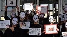 Violenza sulle donne  flash mob degli studenti