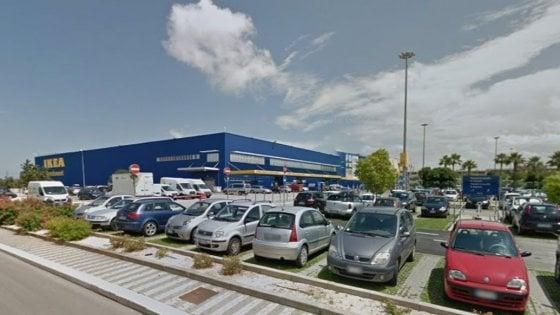 "Ikea, la Uil denuncia un caso a Bari: ""Padre di due bimbi licenziato per ritardi di 5 minuti"""