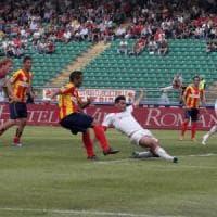 Calcioscommesse, condanne confermate per Bari-Lecce. I tifosi: