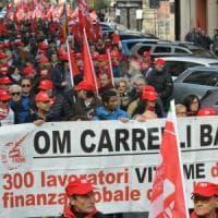 Pensioni, a Bari sfilano in migliaia per la Cgil: