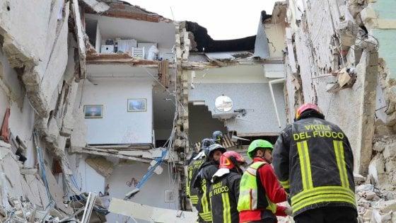 Matera, palazzine crollarono uccidendo due persone: tecnici e dirigenti comunali fra i 9 a processo